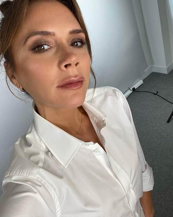 Victoria Beckham, nega lica